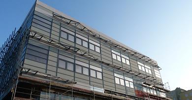 hale budowa hal producyjnych wiaty i zadaszenia ściany z płyt warstwowych ślusarka (barierki, ogrodzenia, schody, bramy)