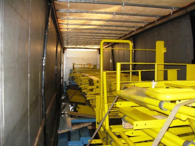 Přístupové konstrukce a zařízení, kovové Výroba přístupových a bezpečnostních konstrukcí včetně povrchové úpravy, pro rů