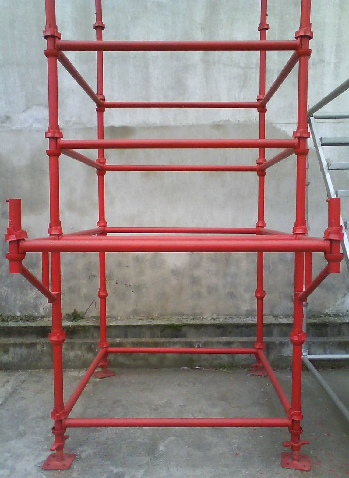 strong and cost effective, easy to erect and dismantle, available in galvanized and painted finish. contact: Tel: +86 73