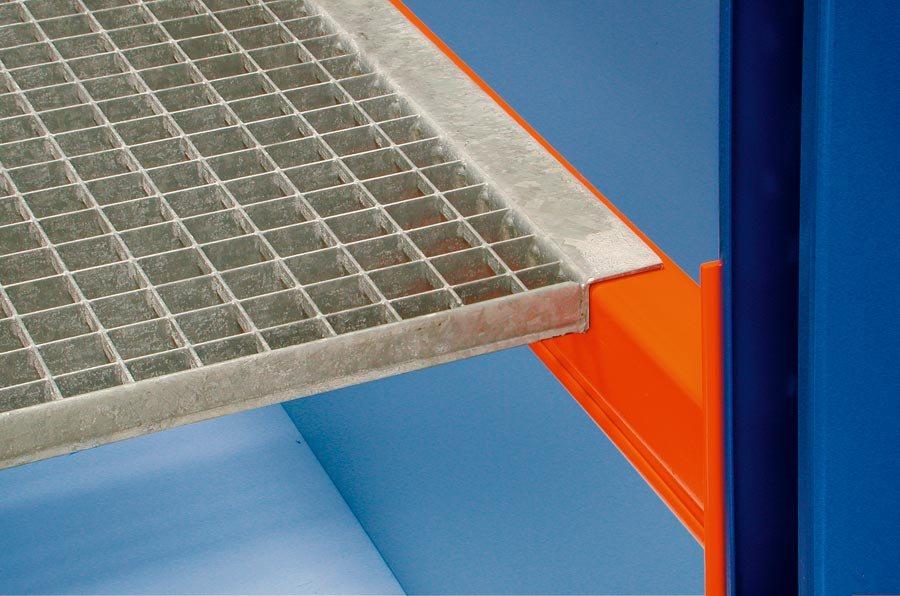 Gitterrostboden, Trägerlänge 2700 mmDie angegebenen Traglasten sind immer im Zusammenhang mit den max. Träger- und Feldl
