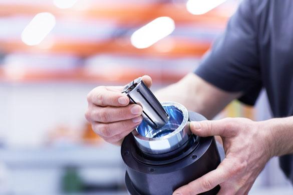 Klemmkopf mit integrierter Kurzhubfunktion  Der PowerStroke kann bei allen horizontalen und vertikalen Anwendungen eing