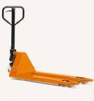 Vi har flera varianter av gaffeltruckar för användning på lager. Läs mer om de olika modellerna på vår hemsida.