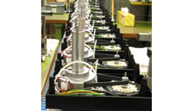 Wir haben profunde Erfahrung in der Entwicklung und Produktion von elektrotechnischen Geräten für den Einsatz in Haushal