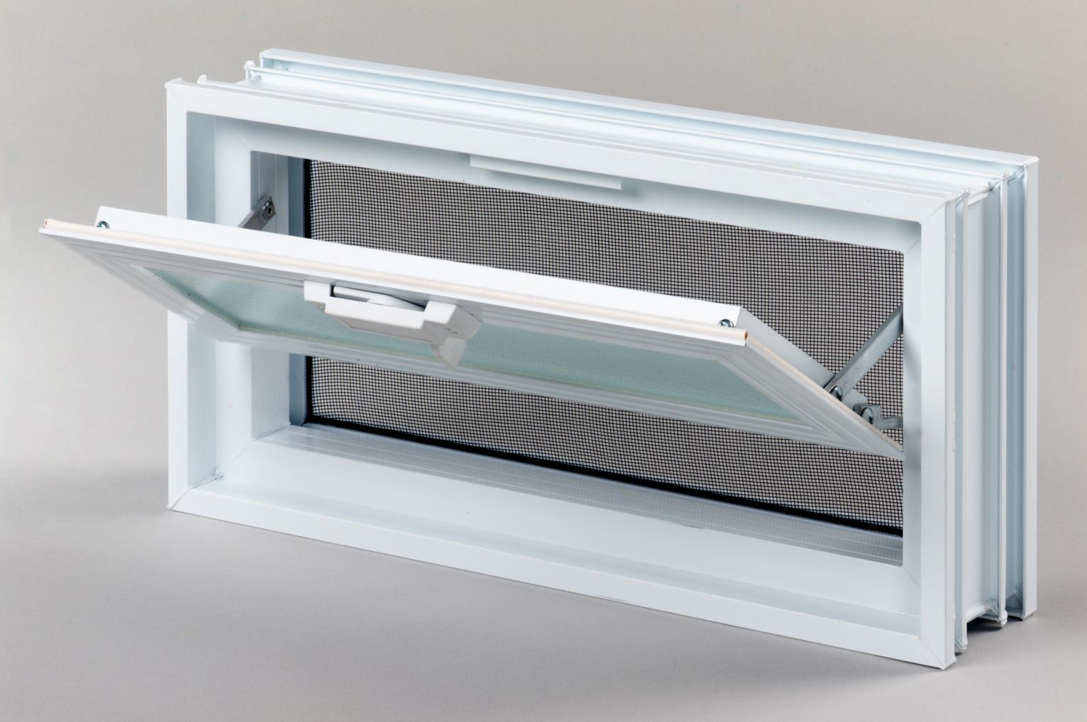 Okna wentylacyjne do pustaków szklanych luksferów są w ofercie firmy Glasspol.pl od początku działalności firmy, Jesteśm