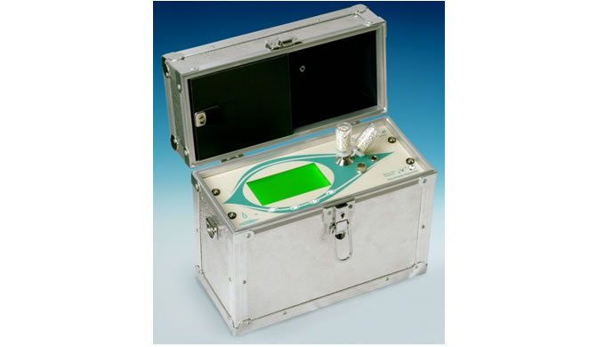 The MicroView Portable Hygrometer can sample inert and non-reactive gases. It is ideal for applications where fast speed