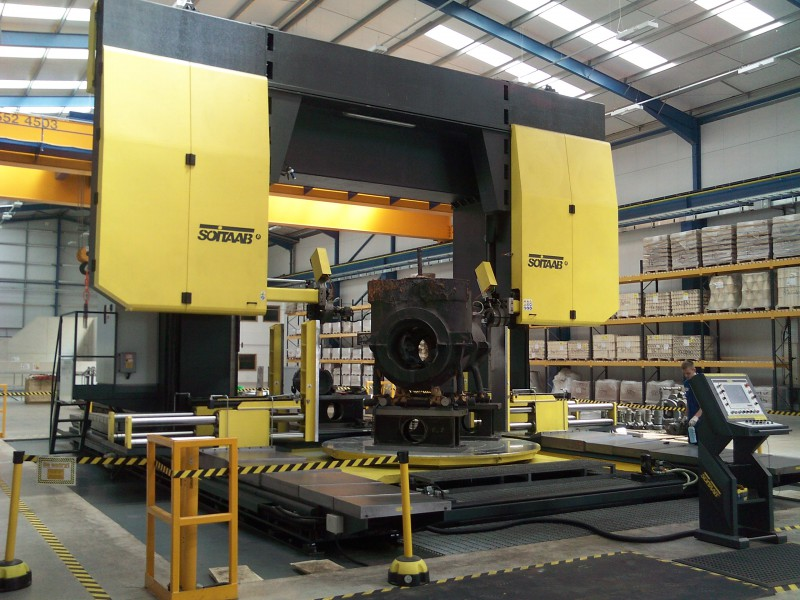 Soitaab multi-axis 3000mm gantry bandsaw installed at Goodwins