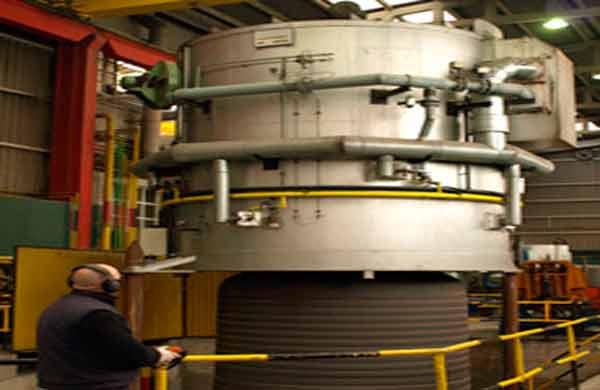 El proceso de recocido se realiza en hornos de campana provistos de Atmósfera controlada Regulación automática de temper