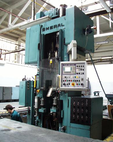 Generální opravy tvářecích a kovacích strojů, lisů, bucharů