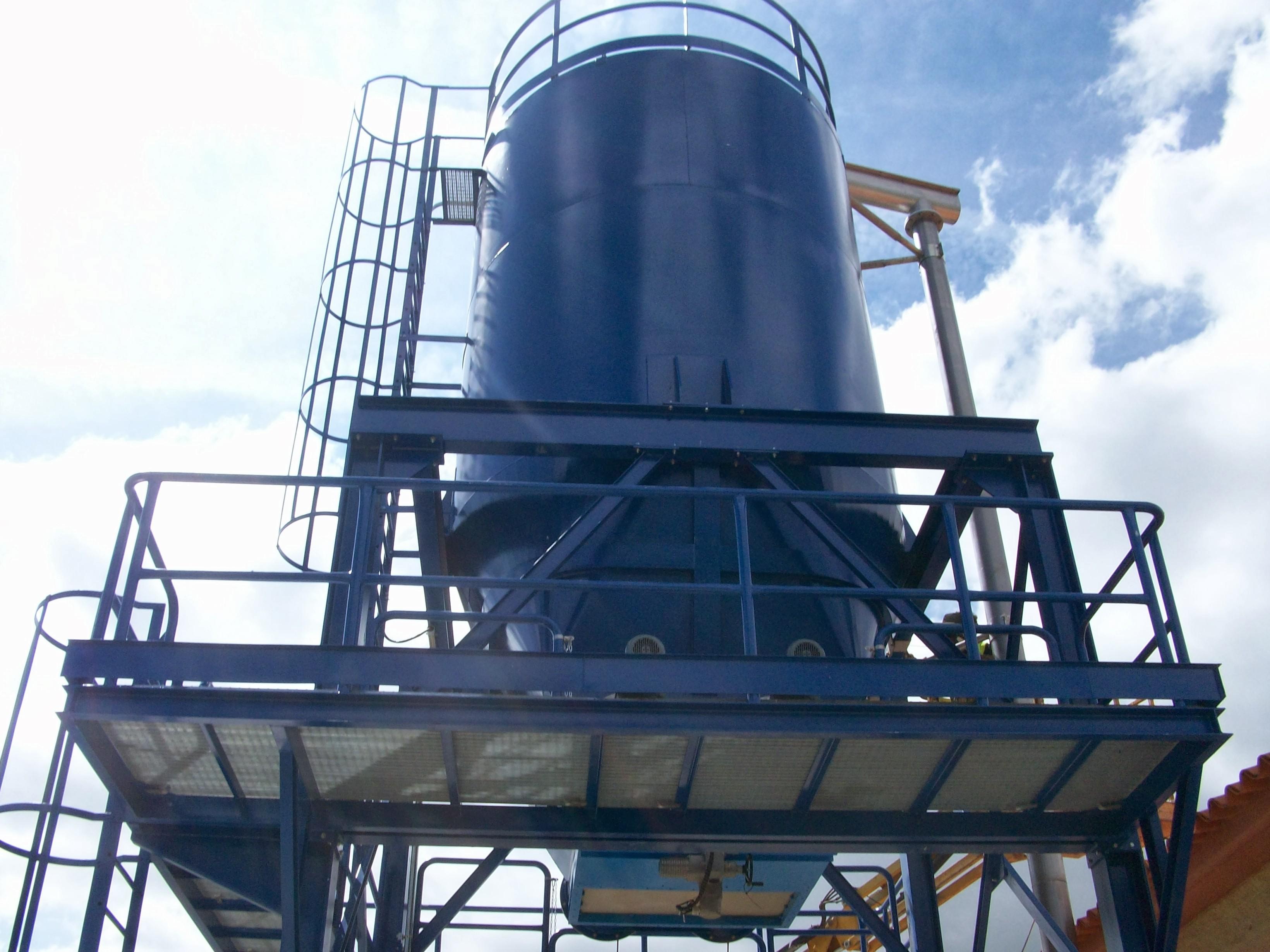 Fabricante de maquinaria para la elevación, transporte y almacenaje