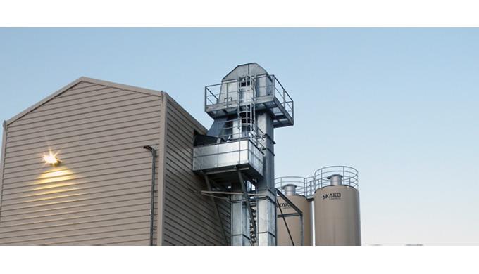 El miembro de WAMGROUP, RONCUZZI, cuenta con ciento veinte años de experiencia en el diseño de elevadores de cangilones