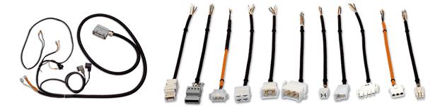 Kabel und Stecker in unzähligen Variationen.