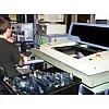 En petites moyennes et grandes séries Technologie CMS et traditionnelle. - Ligne CMS 20000 composants/h - Fabrication tr