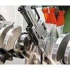 Pour rectifieuses : systèmes de mesure pendant l'usinage et après l'usinage, équilibreuses et capteurs de surveillance P